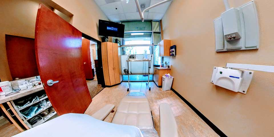 Surgical suite at Periodontal Associates